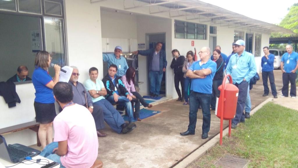 assembleia_umuarama_16052016